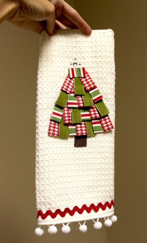 Ribbon Trim Christmas tree towel