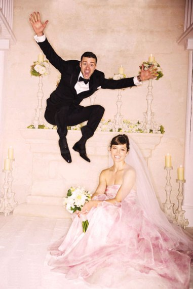 Jessica-Biel-s-Giambattista-Valli-pink-wedding-dress