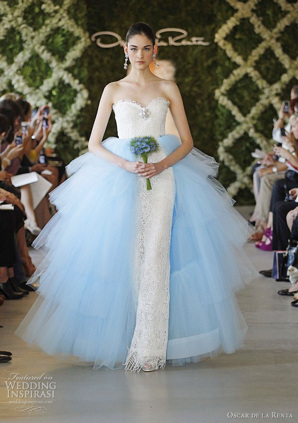 oscar-de-la-renta-spring-2013-blue-wedding-dresses